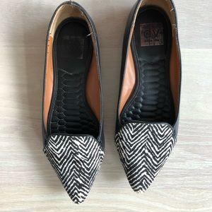 Dolce Vita Flats B&W Zebra or ZigZag Pattern